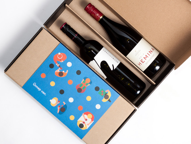 Um conjunto de embalagens para Vinho
